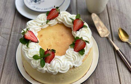 עוגת גבינה קלאסית לימונית